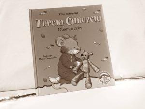 Tupcio Chrupcio bawi i uczy